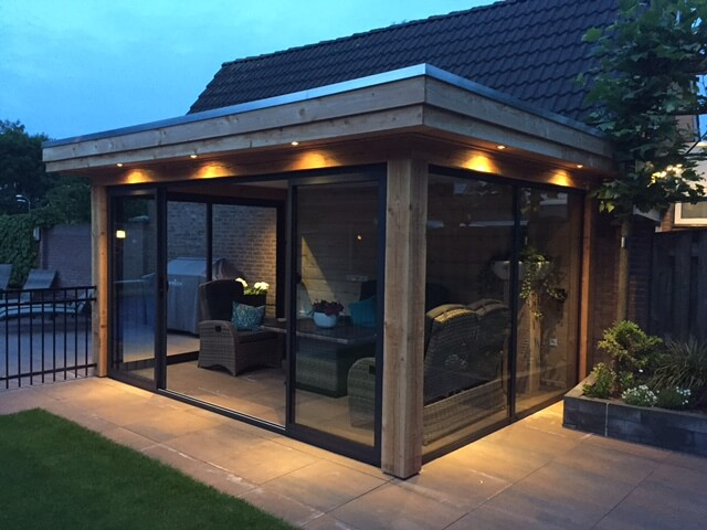 Woodline veranda